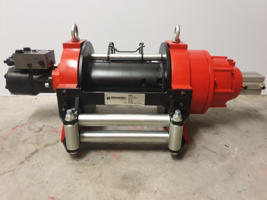 Novawinch Hydraulic winch 20000lb